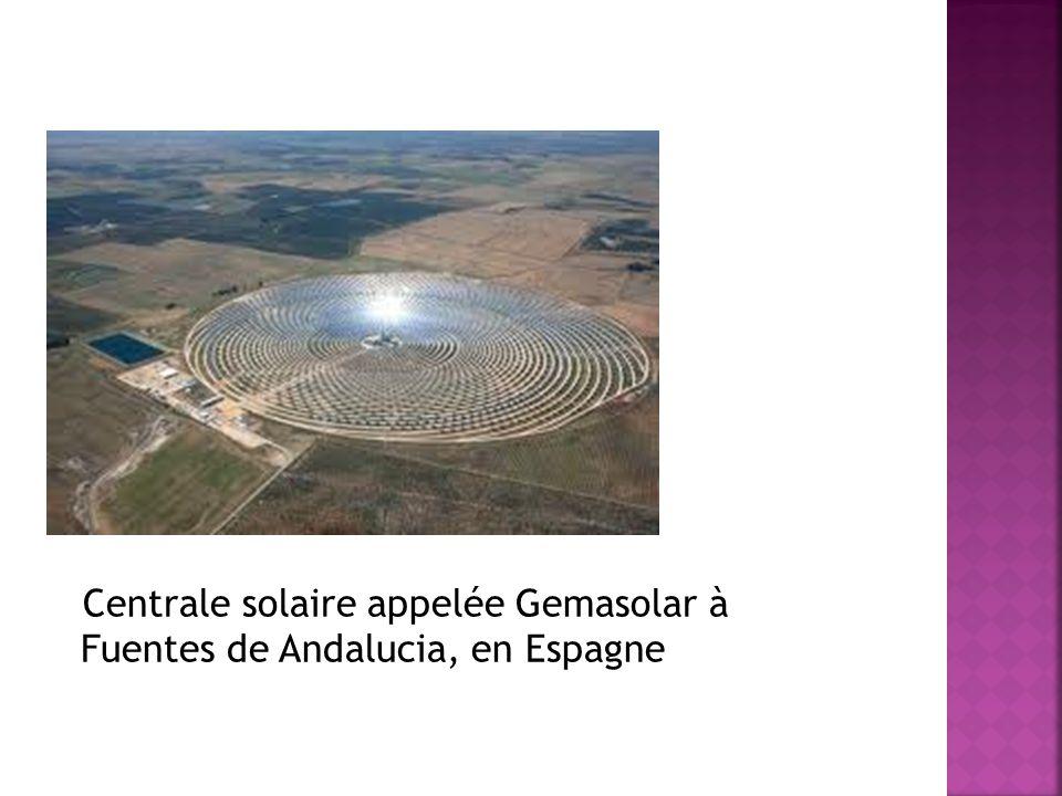 Centrale solaire appelée Gemasolar à Fuentes de Andalucia, en Espagne