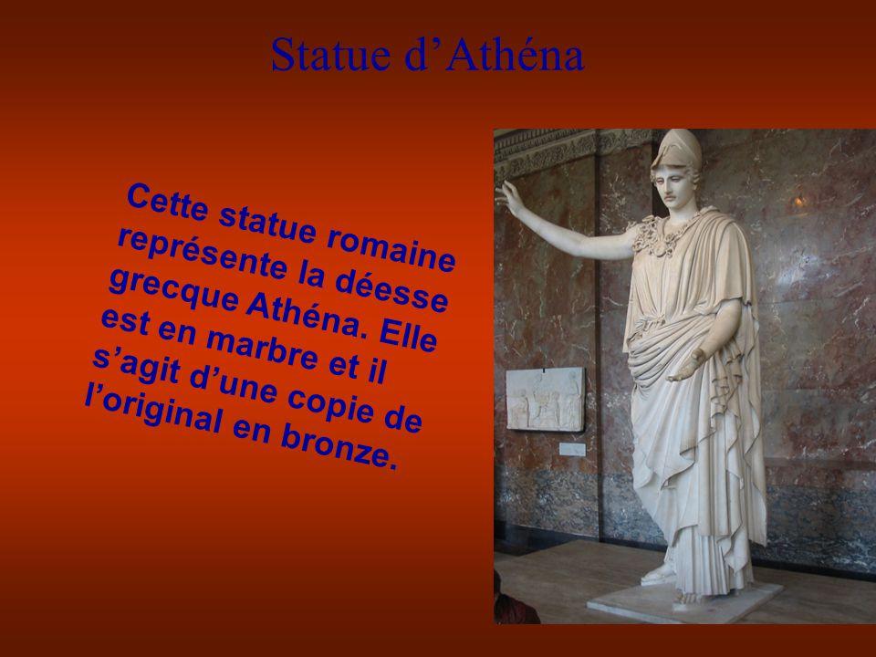 Statue d'Athéna Cette statue romaine représente la déesse grecque Athéna.