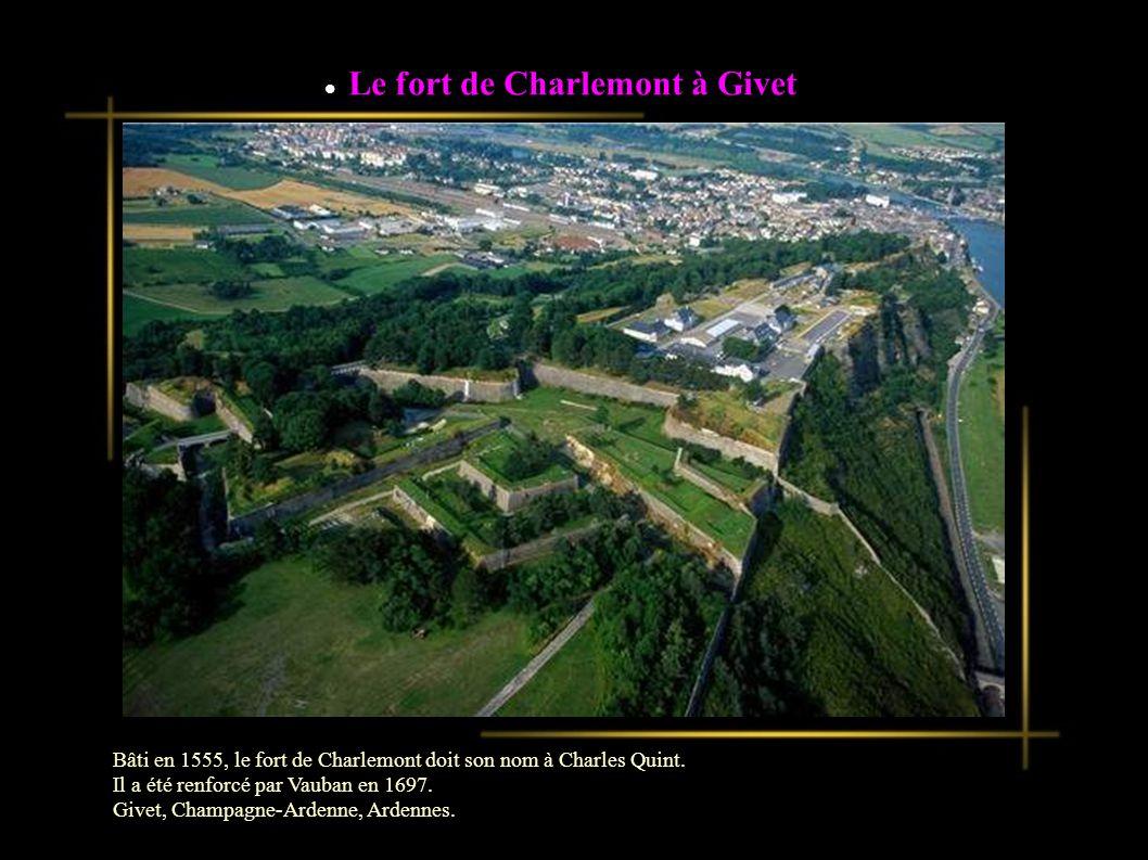 Le fort de Charlemont à Givet