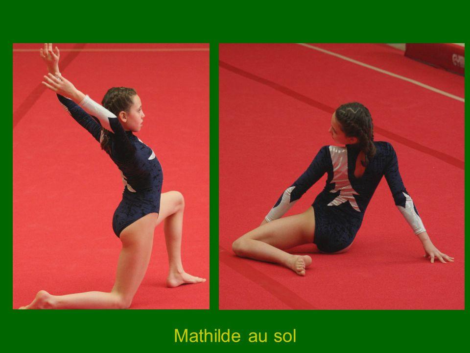 Mathilde au sol
