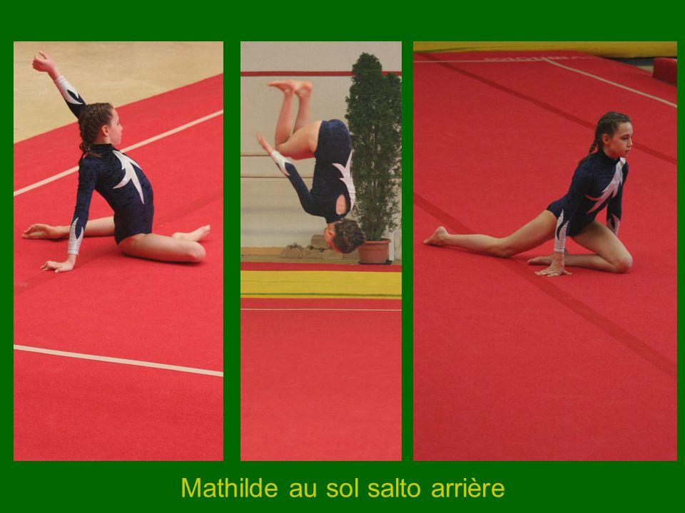 Mathilde au sol salto arrière
