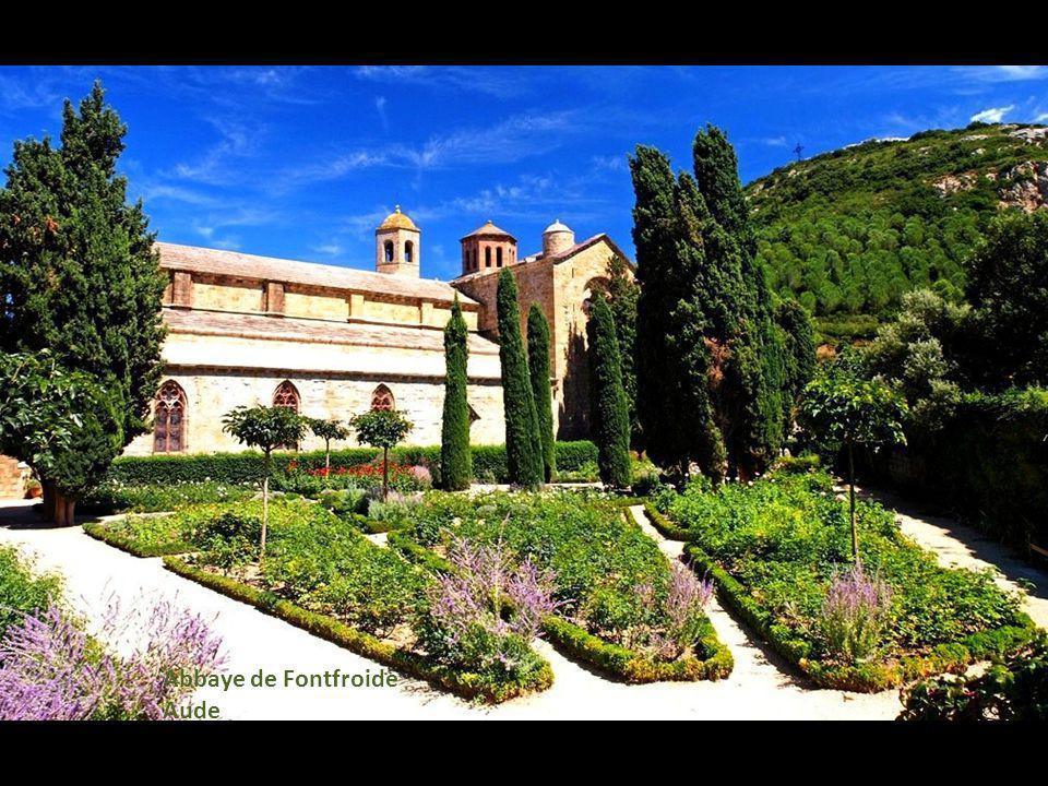 Abbaye de Fontfroide Aude