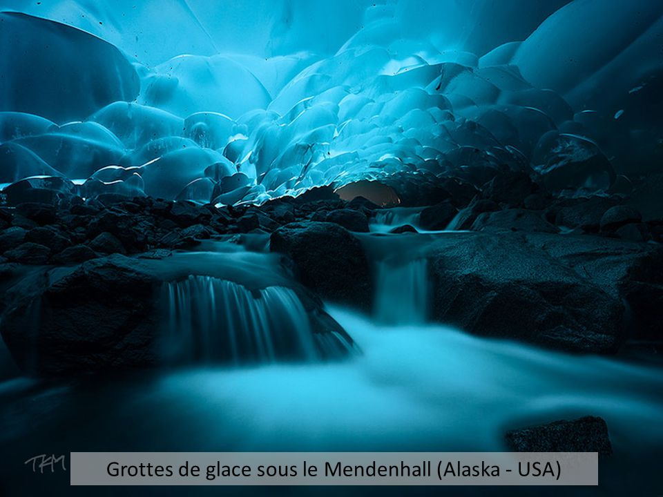 Grottes de glace sous le Mendenhall (Alaska - USA)