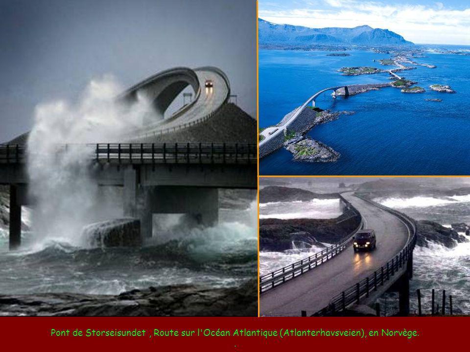 Pont de Storseisundet , Route sur l Océan Atlantique (Atlanterhavsveien), en Norvège.