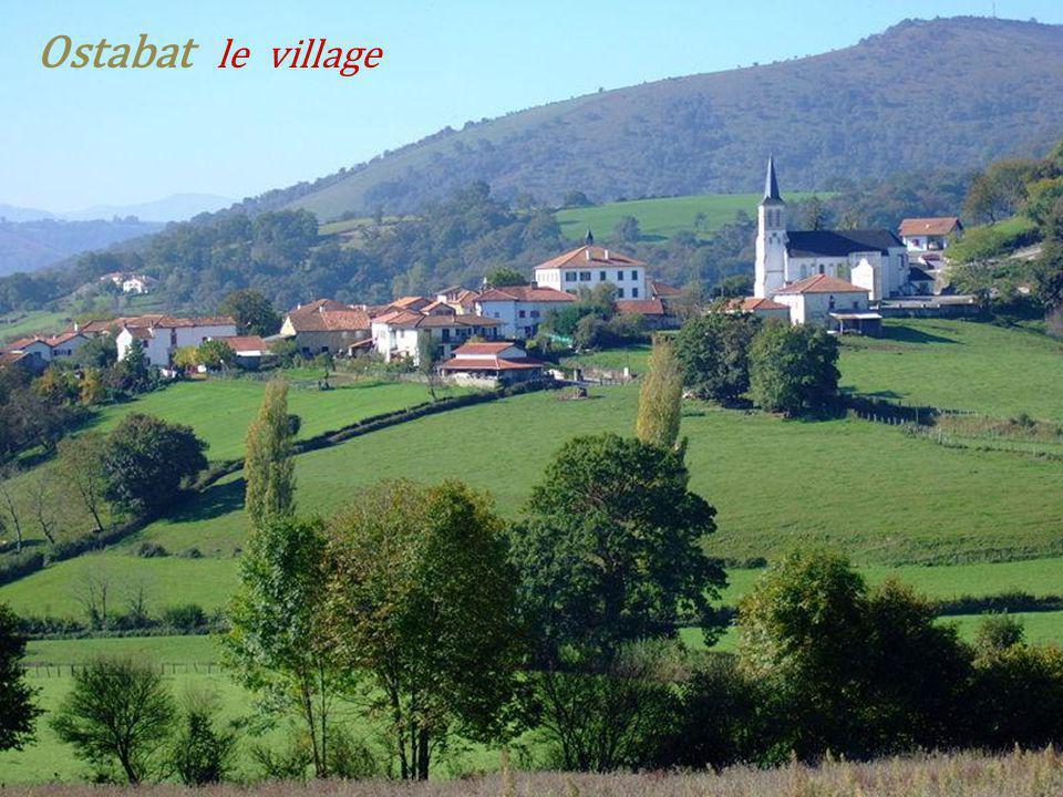 Ostabat le village