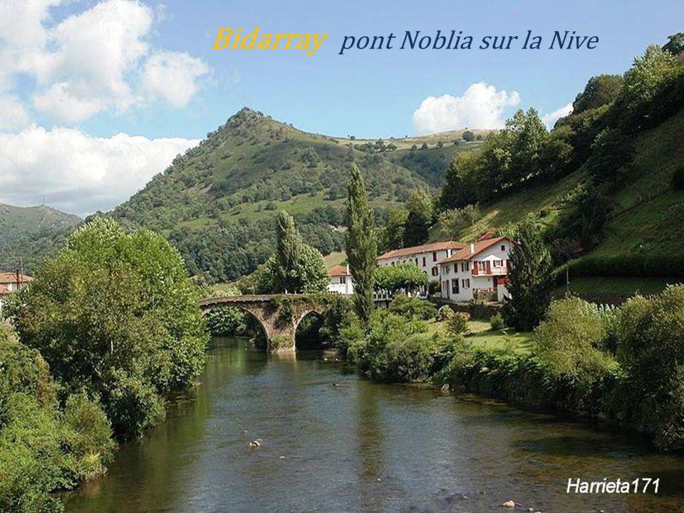 Bidarray pont Noblia sur la Nive