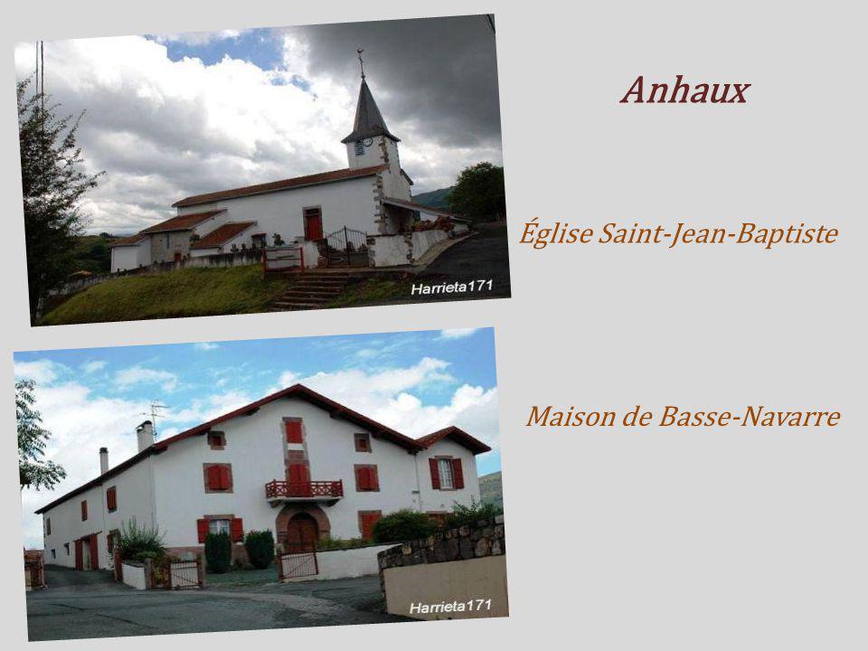 Anhaux Église Saint-Jean-Baptiste Maison de Basse-Navarre