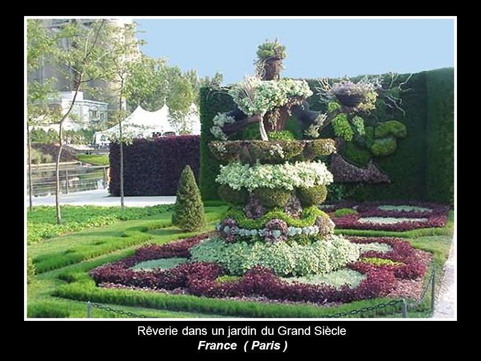 Rêverie dans un jardin du Grand Siècle