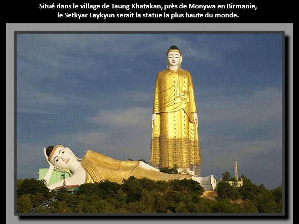 Situé dans le village de Taung Khatakan, près de Monywa en Birmanie,