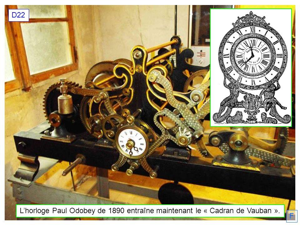 D22 L'horloge Paul Odobey de 1890 entraîne maintenant le « Cadran de Vauban ». F