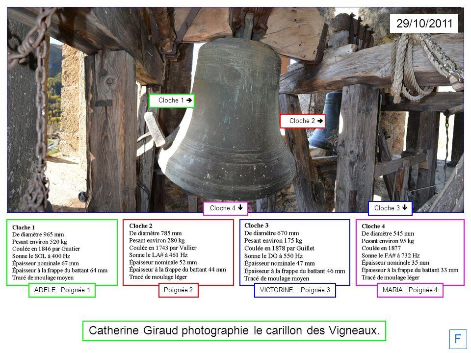 Catherine Giraud photographie le carillon des Vigneaux.