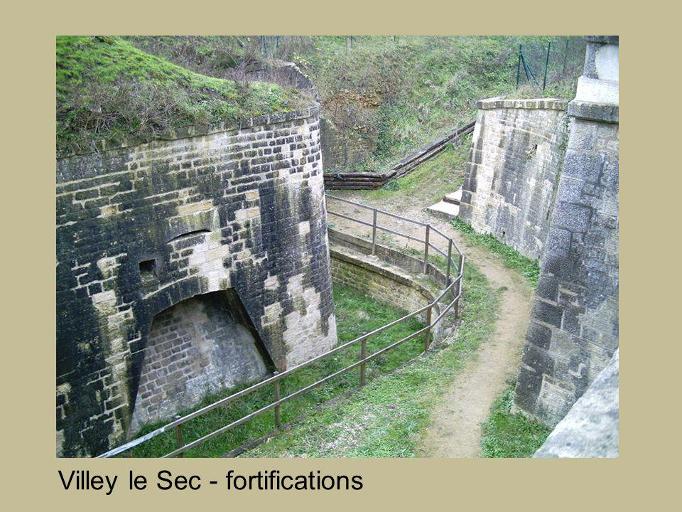 Villey le Sec - fortifications