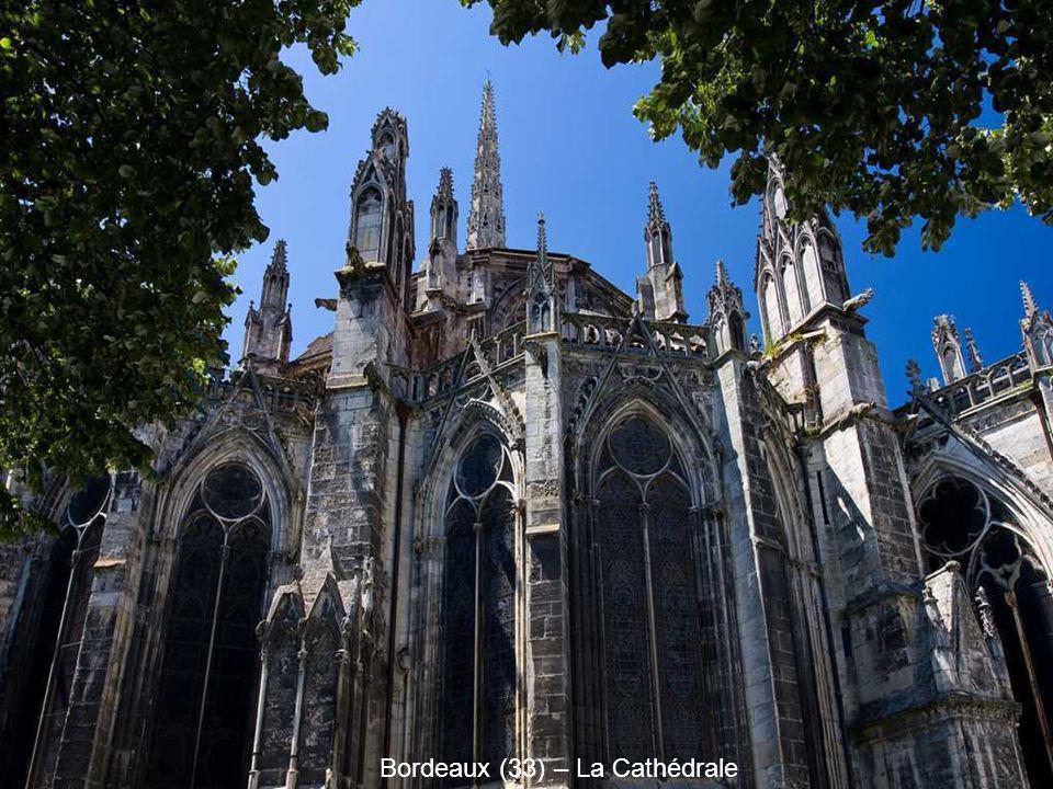 Bordeaux (33) – La Cathédrale