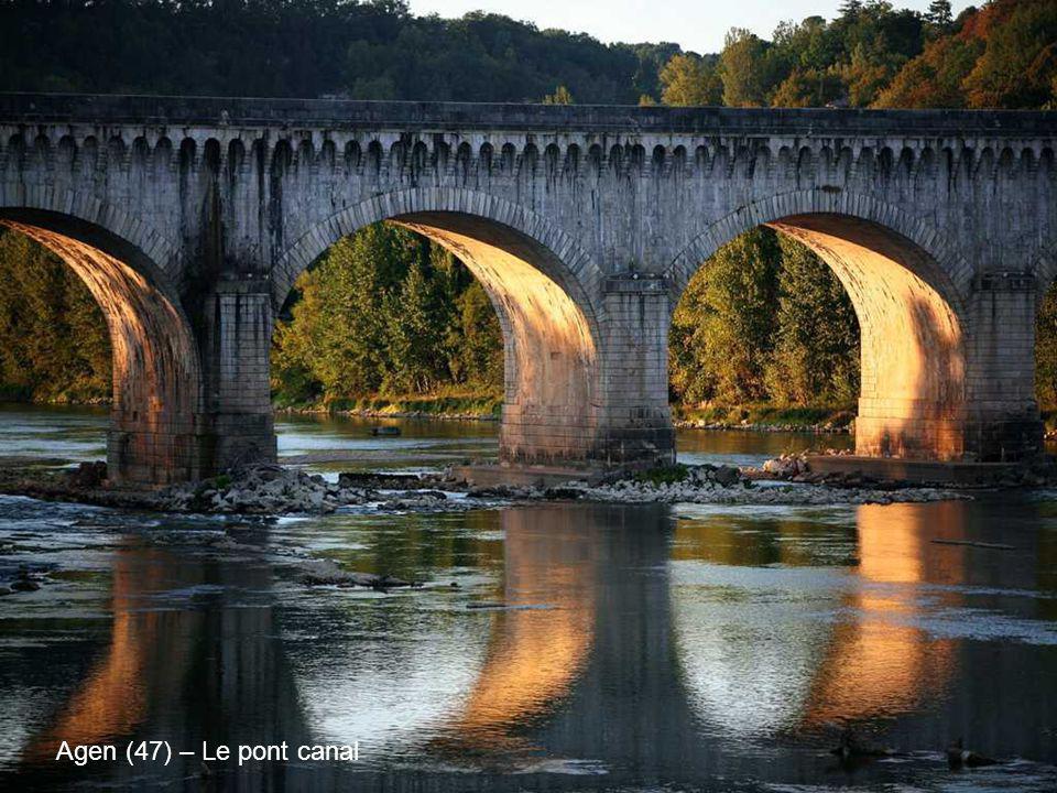 Agen (47) – Le pont canal