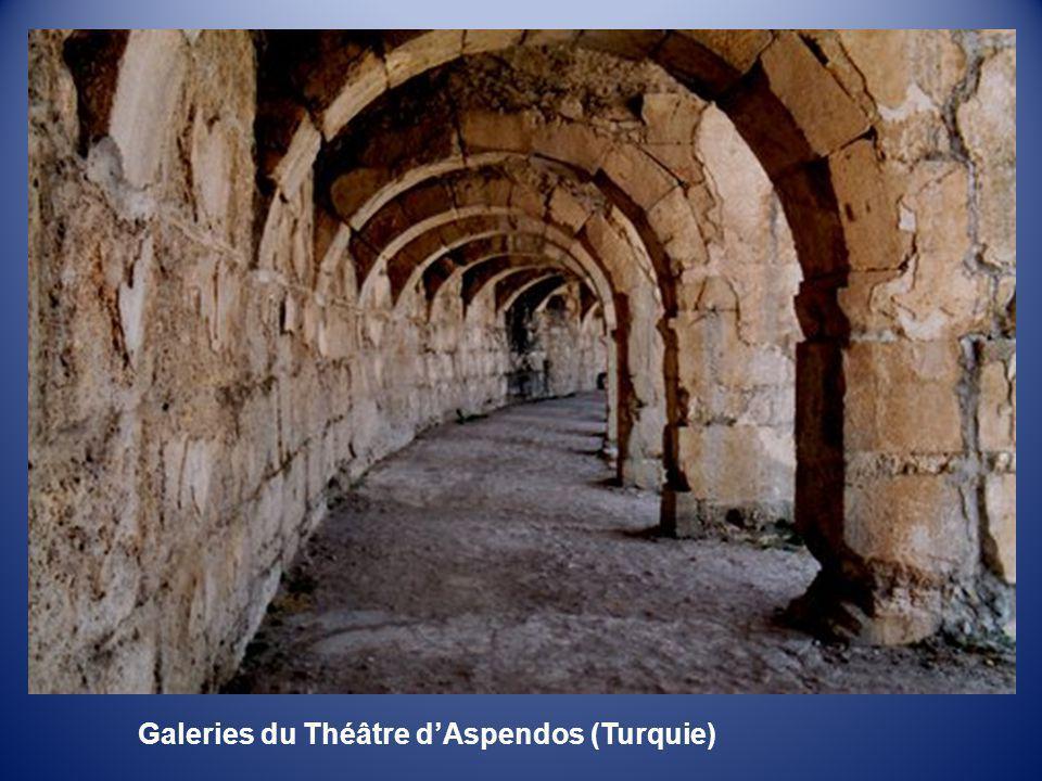 Galeries du Théâtre d'Aspendos (Turquie)