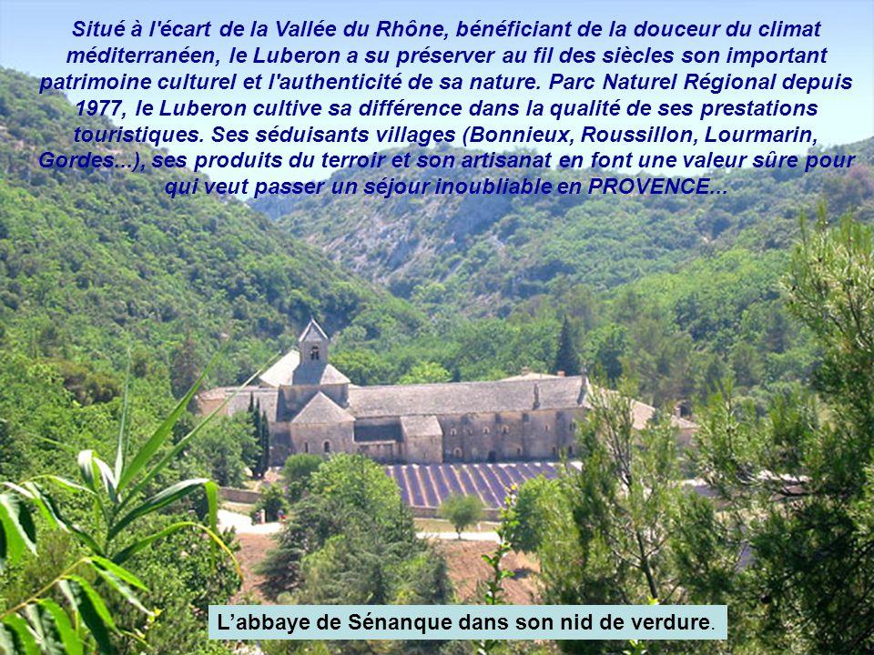 Situé à l écart de la Vallée du Rhône, bénéficiant de la douceur du climat méditerranéen, le Luberon a su préserver au fil des siècles son important patrimoine culturel et l authenticité de sa nature. Parc Naturel Régional depuis 1977, le Luberon cultive sa différence dans la qualité de ses prestations touristiques. Ses séduisants villages (Bonnieux, Roussillon, Lourmarin, Gordes...), ses produits du terroir et son artisanat en font une valeur sûre pour qui veut passer un séjour inoubliable en PROVENCE...