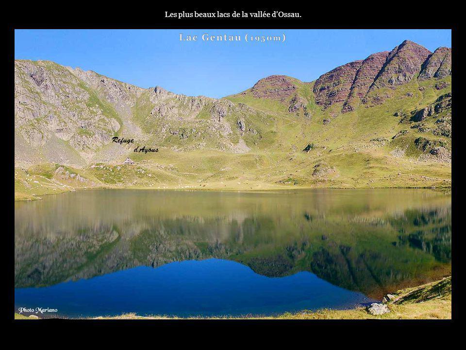 Les plus beaux lacs de la vallée d'Ossau.