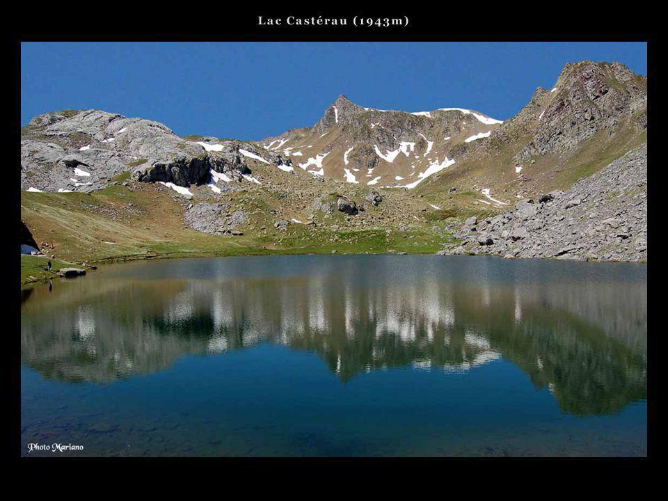 Lac Castérau (1943m) . . .