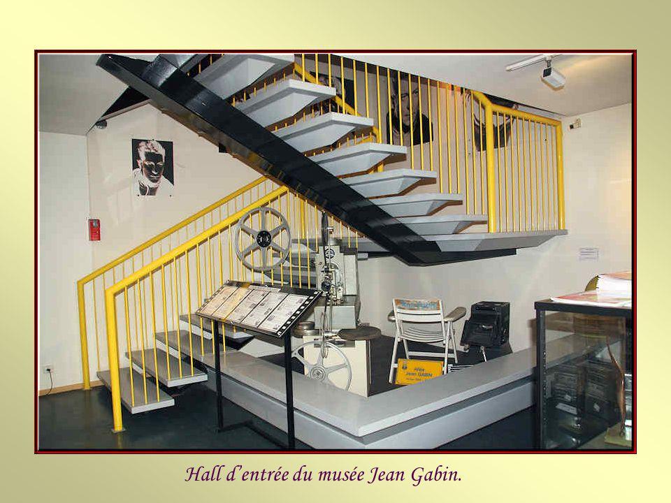 Hall d'entrée du musée Jean Gabin.