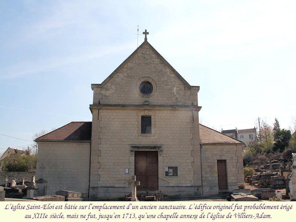L'église Saint-Eloi est bâtie sur l'emplacement d'un ancien sanctuaire
