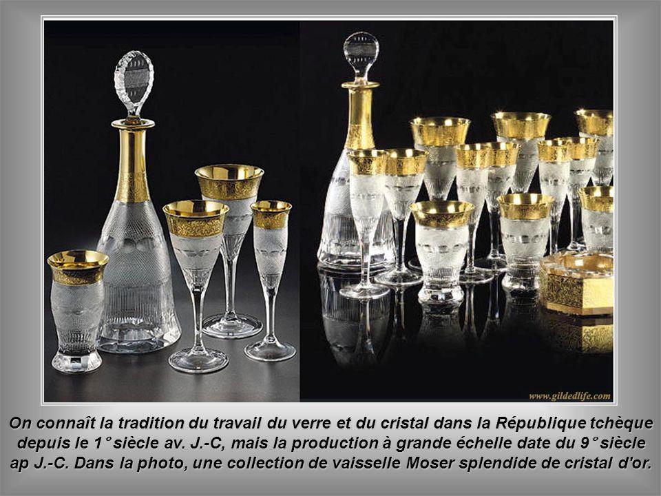 On connaît la tradition du travail du verre et du cristal dans la République tchèque depuis le 1° siècle av.