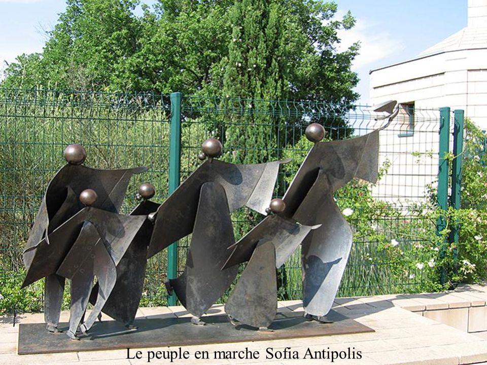 Le peuple en marche Sofia Antipolis