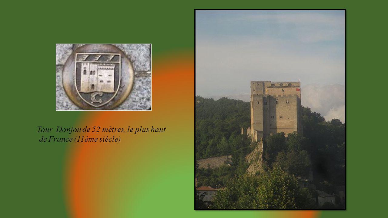 Tour Donjon de 52 mètres, le plus haut