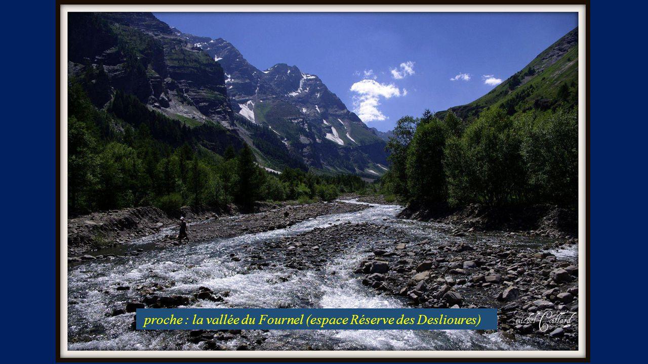 proche : la vallée du Fournel (espace Réserve des Deslioures)