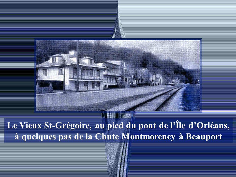 Le Vieux St-Grégoire, au pied du pont de l'Île d'Orléans,