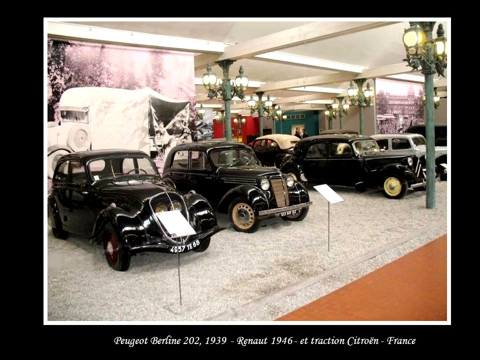 Peugeot Berline 202, 1939 - Renaut 1946 - et traction Citroën - France