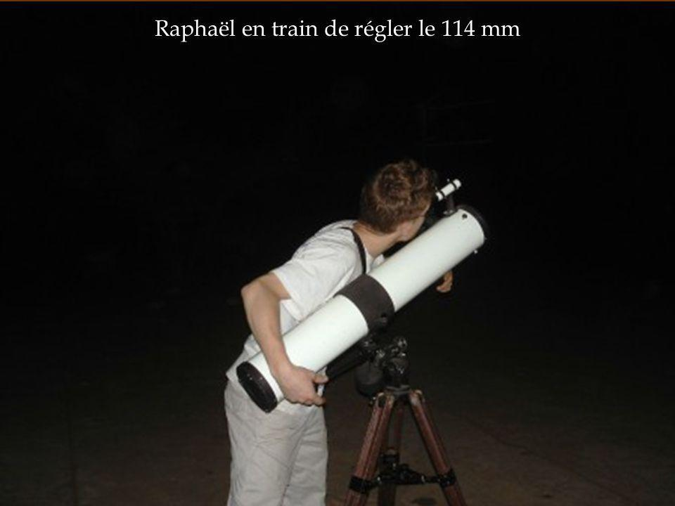 Raphaël en train de régler le 114 mm