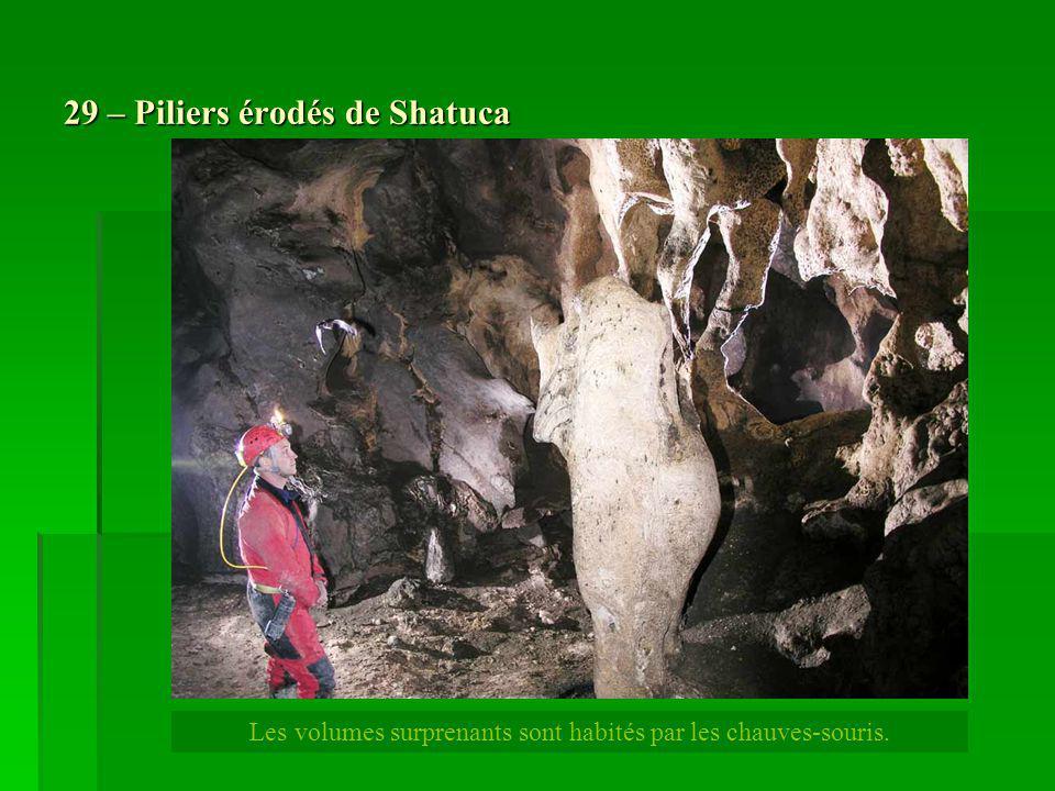 29 – Piliers érodés de Shatuca