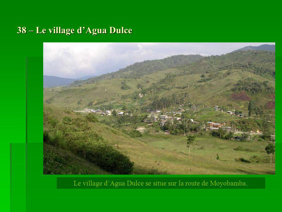 38 – Le village d'Agua Dulce