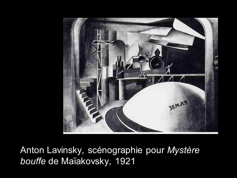 Anton Lavinsky, scénographie pour Mystère bouffe de Maïakovsky, 1921