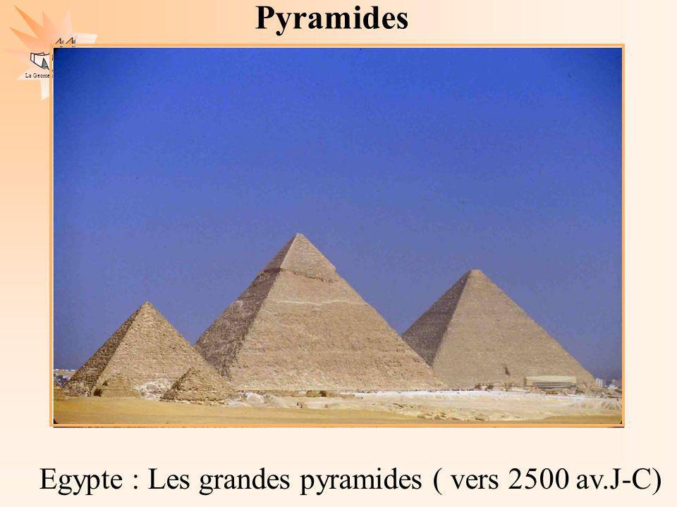 Pyramides Egypte : Les grandes pyramides ( vers 2500 av.J-C)