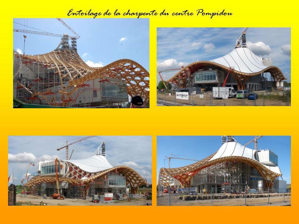 Entoilage de la charpente du centre Pompidou
