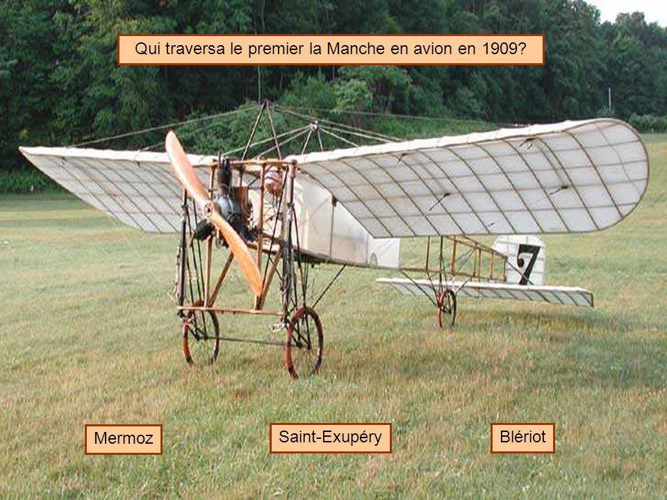 Qui traversa le premier la Manche en avion en 1909
