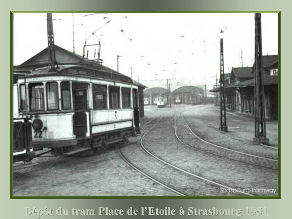 Dépôt du tram Place de l'Etoile à Strasbourg 1951