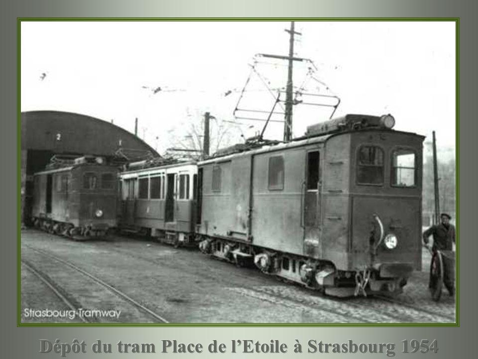 Dépôt du tram Place de l'Etoile à Strasbourg 1954