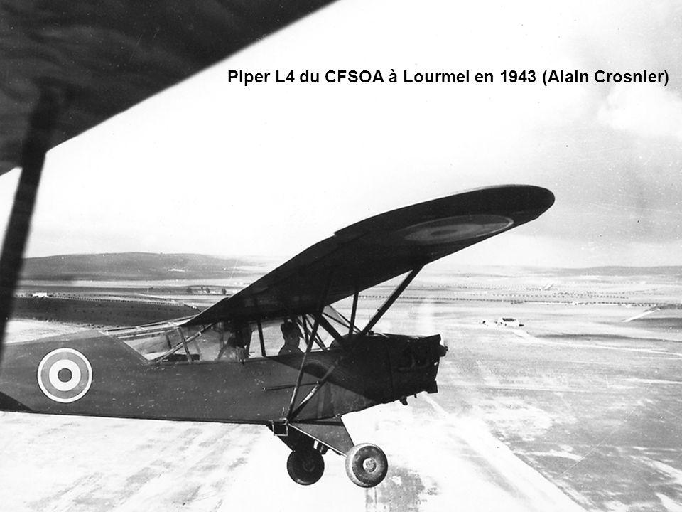 Piper L4 du CFSOA à Lourmel en 1943 (Alain Crosnier)