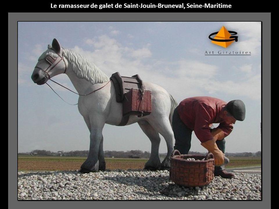 Le ramasseur de galet de Saint-Jouin-Bruneval, Seine-Maritime