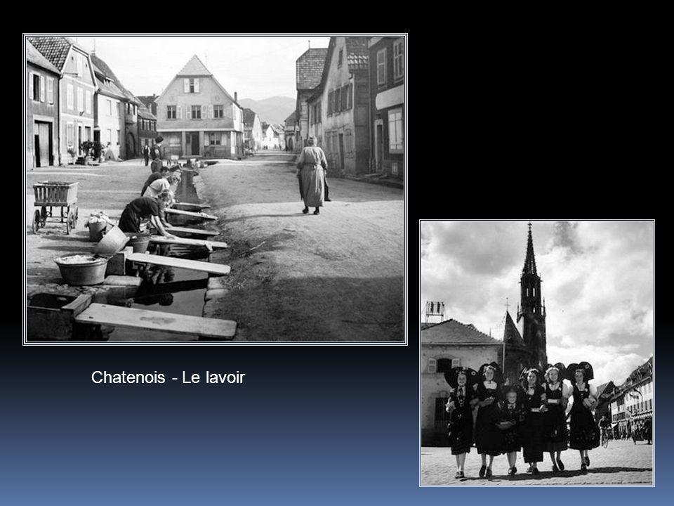 Chatenois - Le lavoir