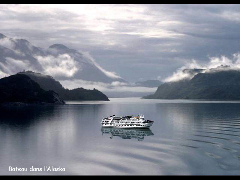 Bateau dans l'Alaska