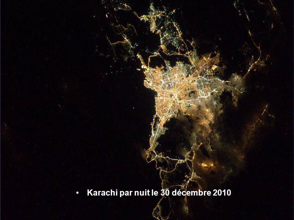 Karachi par nuit le 30 décembre 2010