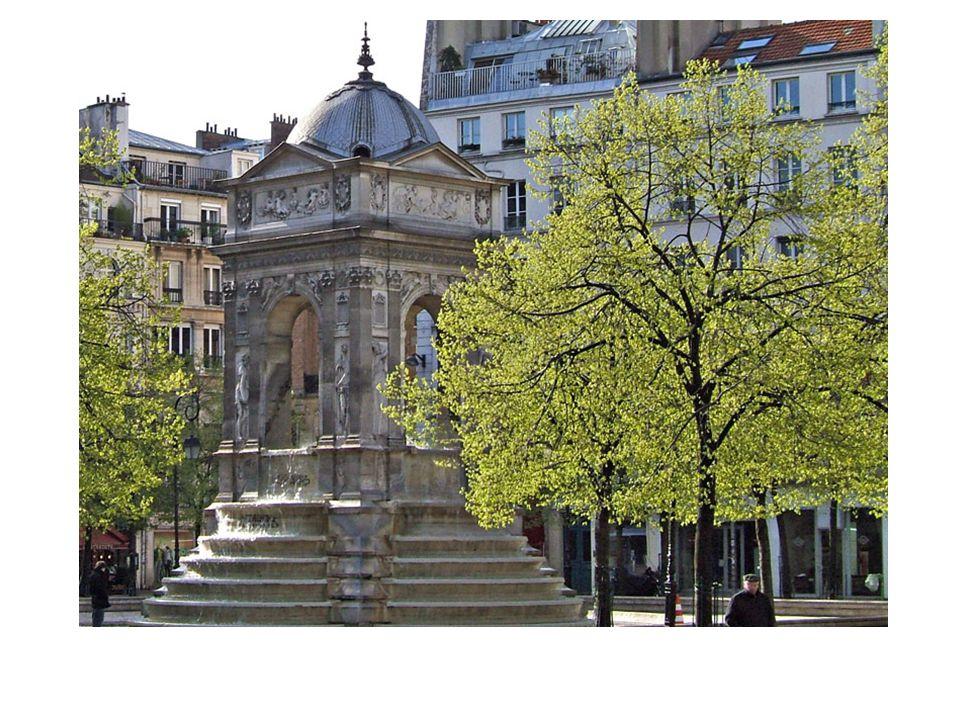 La fontaine des innocents dessinée par le sculpteur Jean Goujon, construite à l'origine à l'angle de la rue Berger et de la rue Saint Denis fut transférée en 1787 sur l'ancien cimetière des innocents actuellement place Joachim du Bellay.