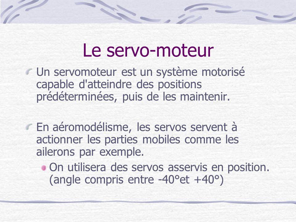 Le servo-moteur Un servomoteur est un système motorisé capable d atteindre des positions prédéterminées, puis de les maintenir.