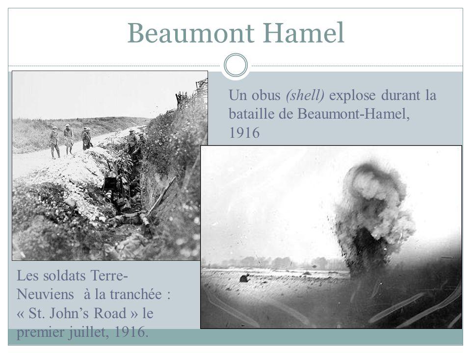 Beaumont Hamel Un obus (shell) explose durant la bataille de Beaumont-Hamel, 1916.