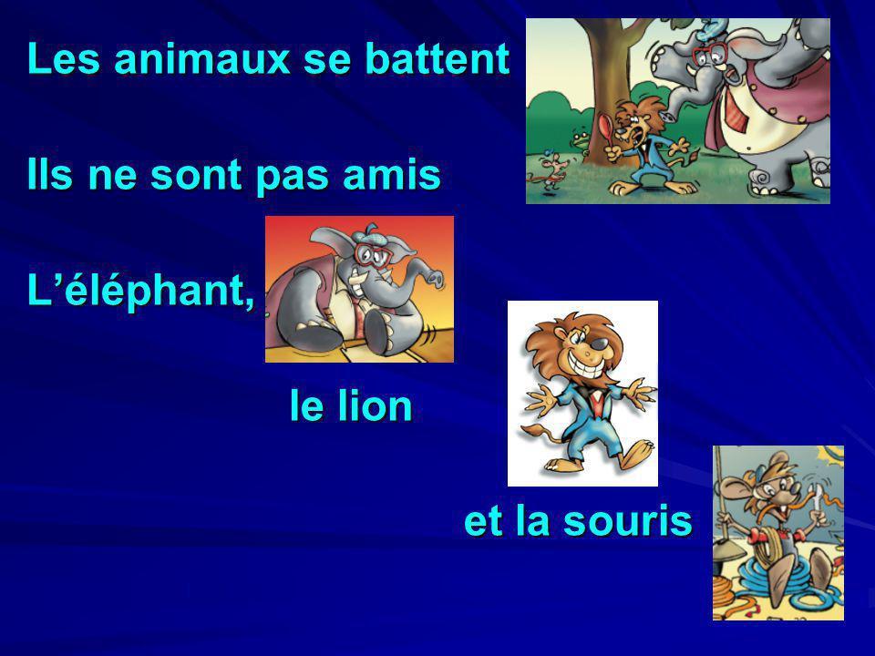 Les animaux se battent Ils ne sont pas amis L'éléphant, le lion et la souris
