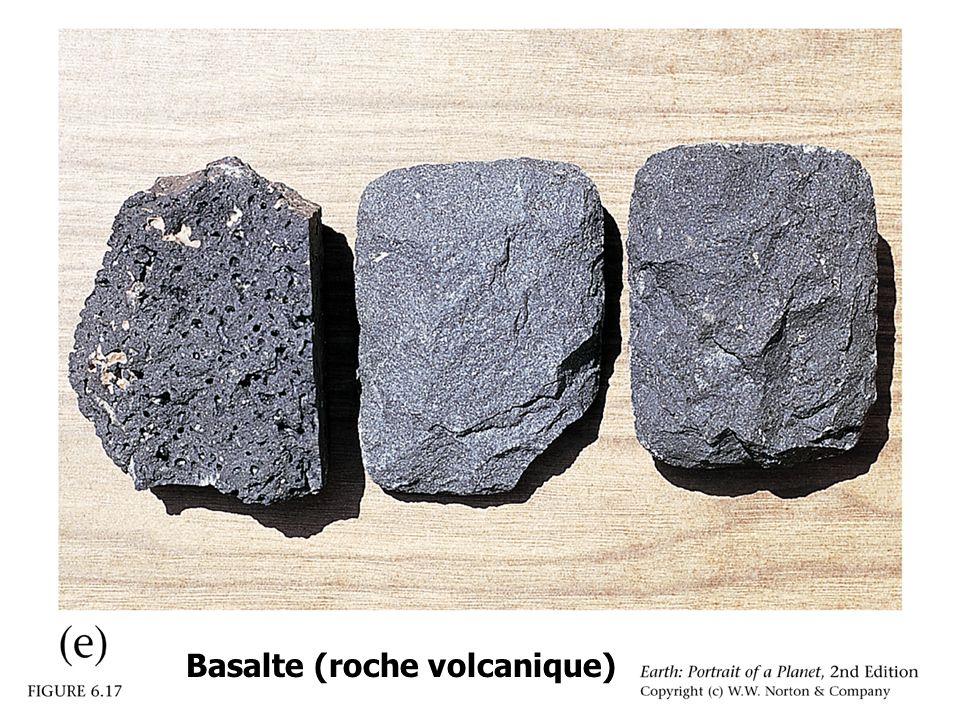 06_17e.jpg Basalte (roche volcanique)