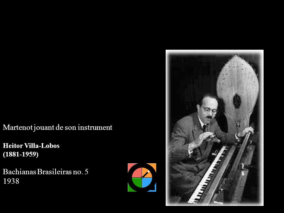 Martenot jouant de son instrument